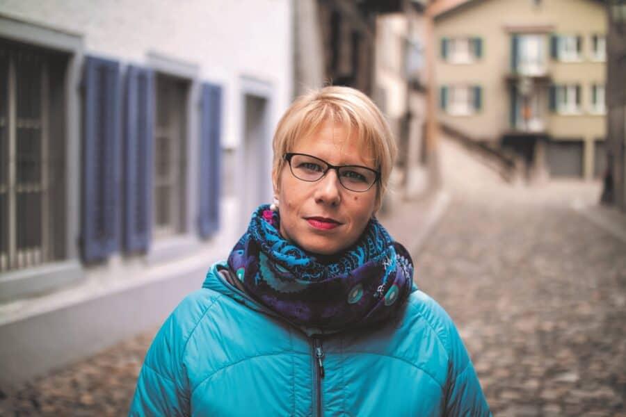 Anita Oswald Portrait web