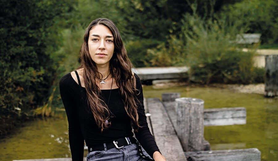 Isabella Portrait 720X416Px
