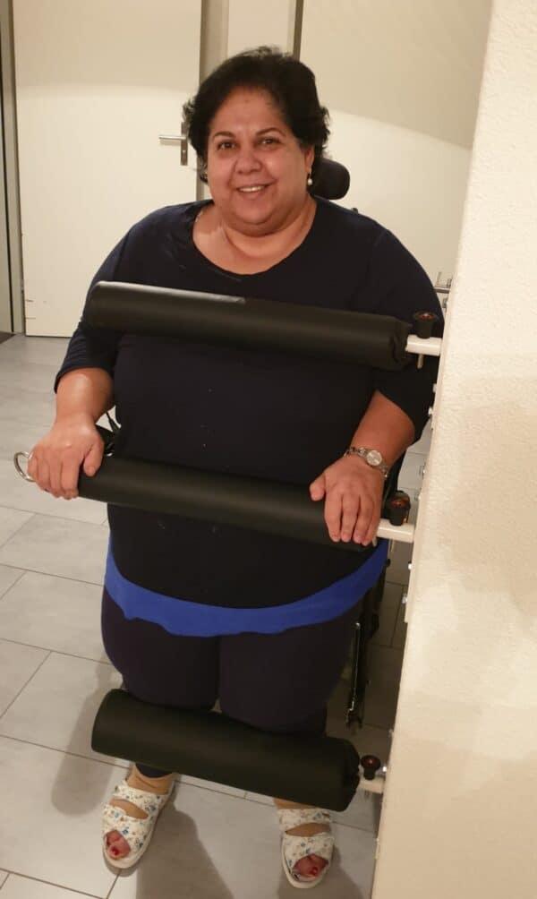 Maryette Berdakji mit Wandstanding