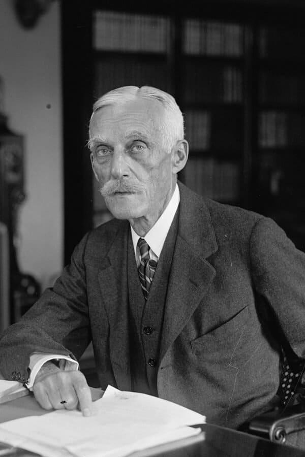 Andrew W  Mellon
