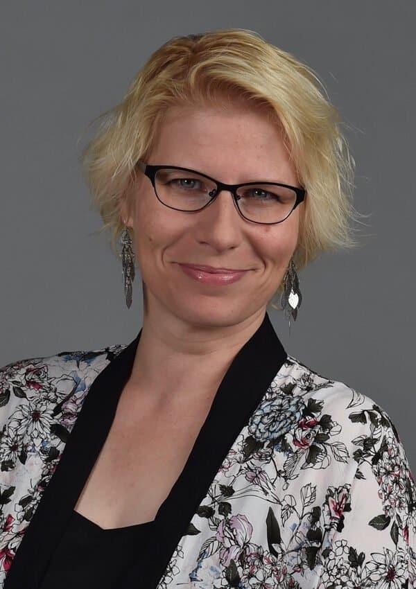 Anita Oswald
