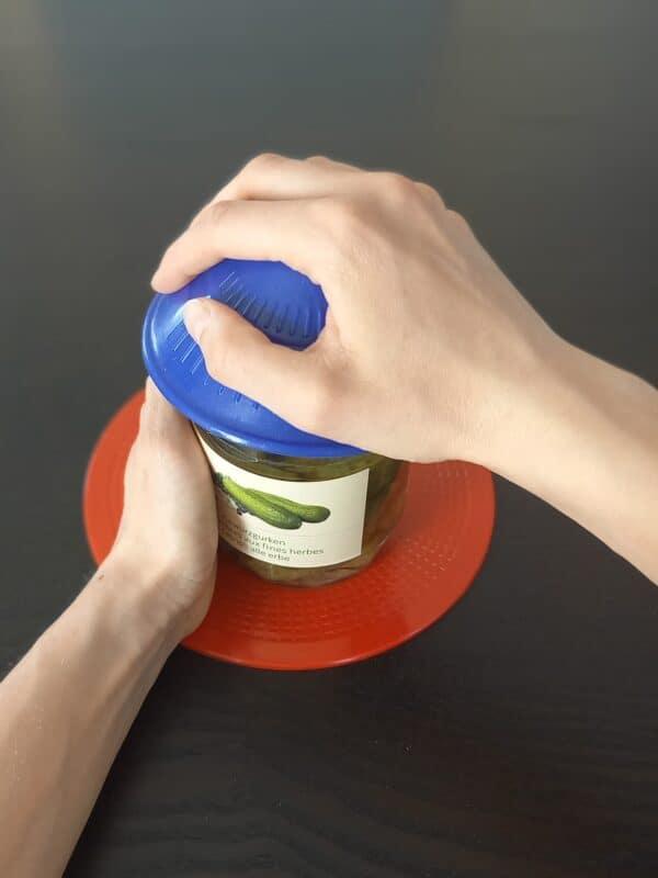 Antirutsch Offner in use