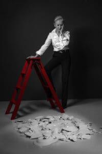 «Lieber vorbeugen als stürzen. Auf der Bühne des Lebens springt kein Stuntman ein.» Heidi Maria Glössner, Schauspielerin