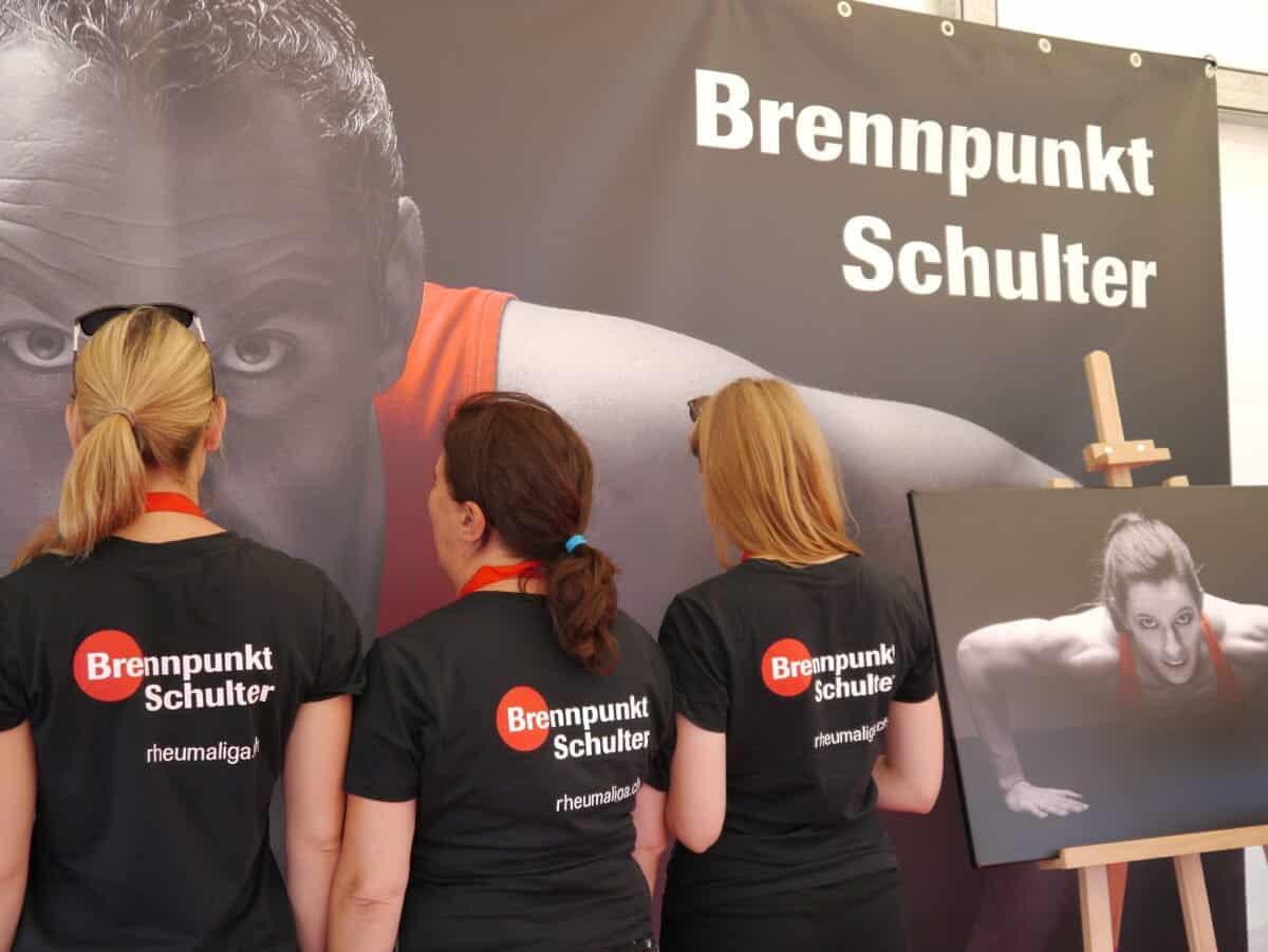 """""""Brennpunkt Schulter"""" mit Unterstützung von Nöldi Forrer."""