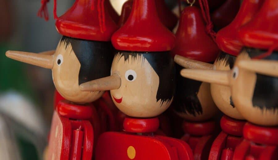 Pinocchio-Puppen auf italienischem Markt (Bildquelle: Pixabay)